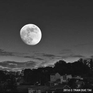 full moon by tran duc tai 2014